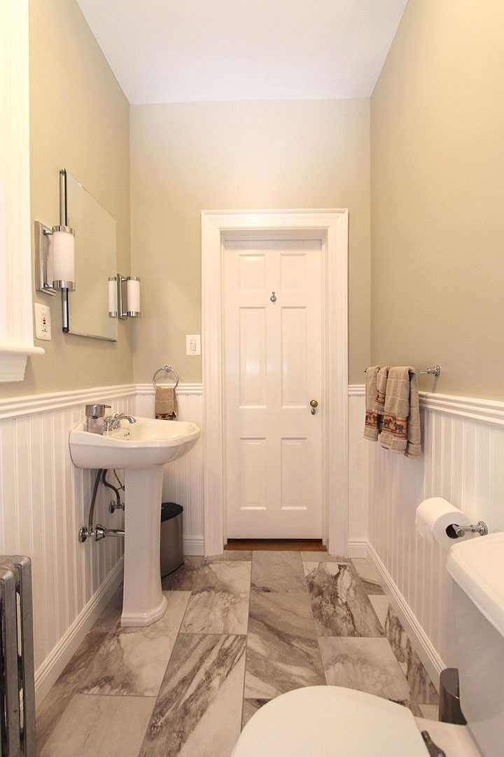 Bathroom remodel in manassas va by ramcom kitchen bath for Kitchen and bath contractors