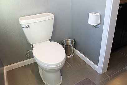 Toilets That Spray Water