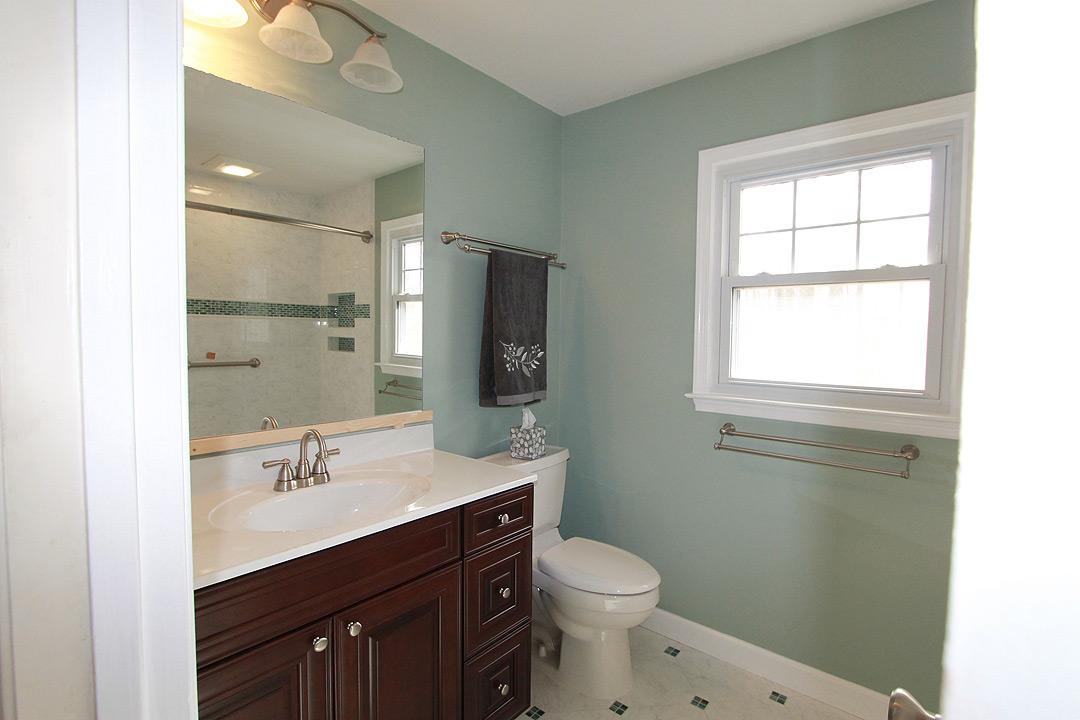 Bathroom remodel burke va contractors ramcom kitchen bath for Bathroom remodel 33411